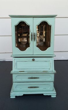 Vintage Hand Painted Jewelry Box...would match my room
