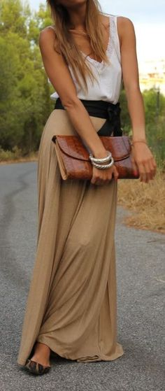 Camel maxi skirt . White top
