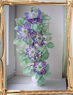 Flowers from beads with schemes. Seed Bead Flowers, French Beaded Flowers, Victorian Flowers, Seed Bead Art, Seed Bead Crafts, Ikebana, Flower Picture Frames, Beaded Bouquet, Flowering Vines