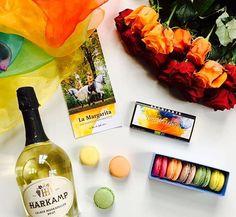 Das besondere Geschenk zum Valentinstag. La Margarita - exklusiver Genuss in Schloss Schielleiten! #lamargarita #tanzdeslebens #styriarte2017 #styriarte #rossballett #valentineflatlay #valentinstag Margarita, Instagram Posts, Special Gifts, Valentine Gift For Him, Margaritas