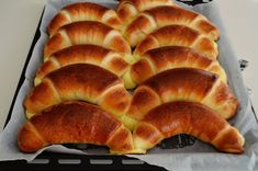 Hot Dog Buns, Hot Dogs, Bread, Recipes, Food, Sweets, Brot, Recipies, Essen