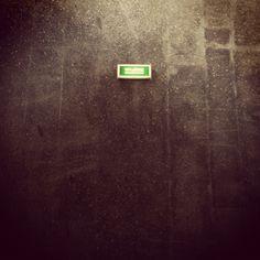 empty 01