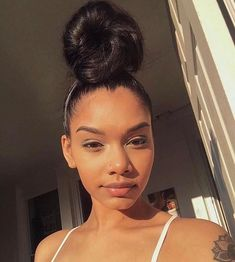 Ideas regarding amazing looking hair. Your hair is certainly what can easily define you as a person. To several men and women it is certainly vital to have a great hair style. Baddie Hairstyles, Black Girls Hairstyles, Pretty Hairstyles, Straight Hairstyles, Braided Hairstyles, Hair Inspo, Hair Inspiration, Curly Hair Styles, Natural Hair Styles