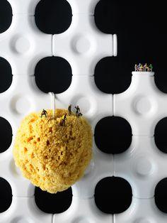 Connect the dots. Philip Karlberg. Zippertravel.com Digital Edition
