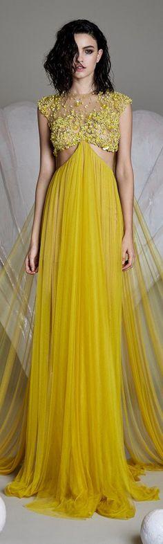 Cristina Savulescu – Venus Collection SS 2016 I really like the softness of the skirt More Couture Fashion, Runway Fashion, High Fashion, Beautiful Gowns, Beautiful Outfits, Dress Vestidos, Yellow Fashion, Yellow Dress, Yellow Maxi
