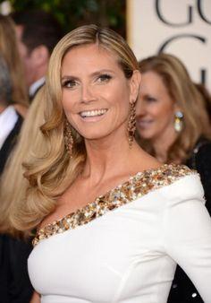 No red carpet, as joias garantem dose extra de glamour... Heidi Klum que o diga!  Gostaram da combinação entre o máxibrinco e a gola do vestido?