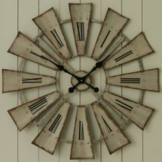 Rustic Windmill Clock - Casafina - Here is the template for the windmill… Windmill Clock, Windmill Decor, Country Decor, Rustic Decor, Farmhouse Decor, Diy Clock, Clock Ideas, Country Cottage Living Room, Clock Painting