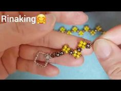 (19/02/18)rinaking. Create a bracelet. - YouTube Beaded Jewelry Patterns, Bracelet Patterns, Beading Patterns, Beaded Bracelets Tutorial, Handmade Bracelets, Bead Crafts, Jewelry Crafts, Bracelet Making, Jewelry Making