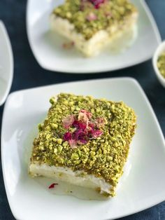 If you are looking for a delicious and easy Lebanese dessert to make for Ramadan look no further This Lebanese Nights Dessert Layali Lubnan ليالي لبنان is a very famous L. Arabic Dessert, Arabic Sweets, Arabic Food, Lebanese Desserts, Lebanese Cuisine, Easy Lebanese Recipes, Desserts To Make, Delicious Desserts, Dessert Recipes