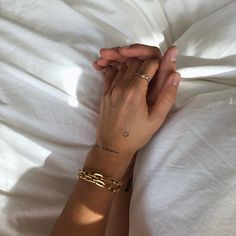 Mini Tattoos, Small Tattoos, Nagel Bling, Cute Couples Goals, Couple Goals, Piercing Tattoo, Cute Jewelry, Gold Jewelry, Belle Photo