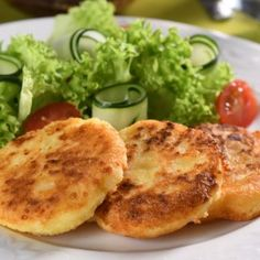 Potato Pancakes with Cotija Cheese Homemade Mexican Dishes, Mexican Food Recipes, Vegetarian Recipes, Cooking Recipes, Cooking Ideas, Dessert Recipes, Desserts, Yummy Veggie, Yummy Food