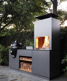 Modern Outdoor Grills, Modern Outdoor Fireplace, Outdoor Fireplace Designs, Backyard Fireplace, Modern Outdoor Kitchen, Backyard Kitchen, Barbecue Design, Grill Design, Bbq Places