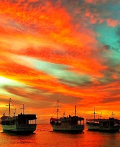 Isla de Margarita, atardecer en bahía de Juan Griego,Venezuela