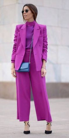 Gloria Kalil explica duas maneiras fáceis de deixar o look monocromático mais interessante | Chic - Gloria Kalil: Moda, Beleza, Cultura e Comportamento