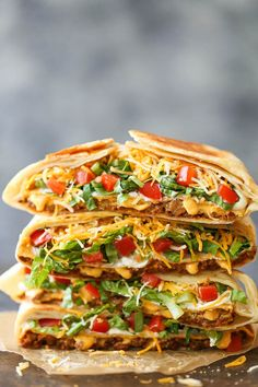 Crunch Wrap Supreme Homemade Crunch Wrap Supreme - A complete copycat version from Taco Bell! Except completely homemade and made so much more healthier!Completely Completely may refer to: Wrap Recipes, Beef Recipes, Dinner Recipes, Cooking Recipes, Taco Bell Recipes, Copycat Recipes, Tostada Recipes, Quesadilla Recipes, Quesadilla Sauce