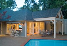 Rustic Pool House in Mississippi kamin jashte Pinterest Pool