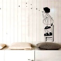 girl wall sticker - cute :)