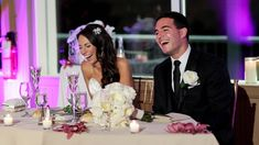 Tips are given to help those preparing to give a speech or toast at a wedding reception.