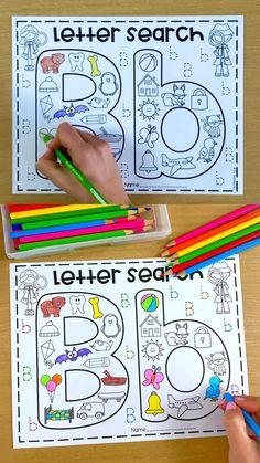 Kindergarten Alphabet Worksheets, Phonics Books, Kindergarten Math Worksheets, Teaching Phonics, Phonics Worksheets, Preschool Lessons, Montessori Activities, Alphabet Activities, Preschool Learning
