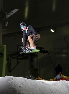 April 2016 - Freestyle Snowboard Day Course - Maverix - Snozone Milton Keynes