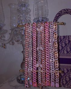 pink and glitter Badass Aesthetic, Bad Girl Aesthetic, Aesthetic Vintage, Aesthetic Clothes, Cute Jewelry, Body Jewelry, Jewelry Accessories, Mode Rose, Grunge Jewelry
