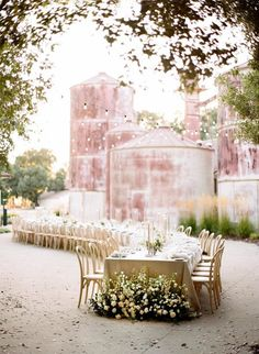 This multi-day Northern California wedding with a serpentine dinner table, elegant florals and a relaxed, yet upscale mood has us giddy. From the vineyard wedding venue setting to the off-the-shoulder wedding dress, Carey and Ryan celebrated this new chapter of life together with all the people and things they loved, and we cannot imagine more beautiful wedding ideas than this. #winerywedding #neutralwedding #bridalfashion #californiaweddingideas
