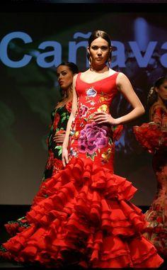 Latin Dance Dresses, Ballroom Dance Dresses, Flamenco Dresses, Flamenco Wedding, Flamenco Costume, Dance Costumes, Spanish Dress, Spanish Fashion, Tribal Belly Dance