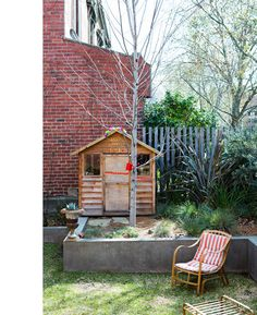 Pepa and Hazel's cubby house, aka the 'Pom Pom Cafe'!?  Photos - Sean Fennessy, production – Lucy Feagins.