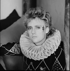 Roger Taylor having a Hard Life posing for my Camera. Such a nutaral😎👍 Queen Ii, I Am A Queen, Save The Queen, Queen Videos, Man On Fire, Roger Taylor Queen, Queen Albums, Ben Hardy, Queen Freddie Mercury