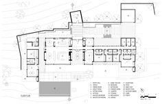 John Maniscalco Designs a Spacious Contemporary Home in Oakville, California