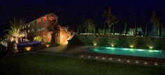 #outdoore light design Lighting Design, Aquarium, Villa, Mansions, House Styles, Home Decor, Fish Stand, Manor Houses, Fish Tank