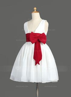 A-Line/Princess Scoop Neck Knee-Length Chiffon Flower Girl Dress With Ruffle Sash Bow(s) (010014600) - JJsHouse