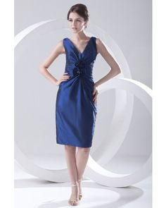 Midnight Blue Taffeta V-neck Short Bridesmaid Dress