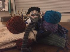 Moishe, the Mensch on a Bench, knows that sometimes homemade gifts are the best gifts!