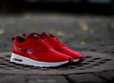 Nike Air Max Thea: Red