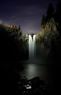"""snoqualmie falls, WA state.This place is beautiful.The older show """"Twin Peaks"""" was filmed here at the hotel."""
