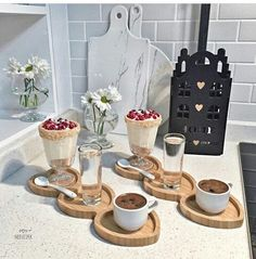 Did you ever imagine WE would be here , Babe ? Catering Food Displays, Breakfast Platter, Breakfast Bread Recipes, Happy Birthday Celebration, Baby Shower Decorations For Boys, Food Platters, Food Decoration, Romantic Dinners, Smoothie Drinks