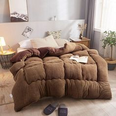 Thicken Shearling Blanket Winter Soft Warm Bed Quilt for Bedding Twin Full Queen King Size Quilt Bedding, Duvet, Queen Size, King Size, Toy Storage Bags, Warm Bed, Comfy Bed, Aliexpress, Brown And Grey