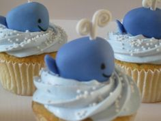 A gallery of cool cupcake designs, from a Samuel L. Jackson cupcake to ones depicting a tongue-piercing. Whale Cupcakes, Baby Shower Cupcakes, Yummy Cupcakes, Ocean Cupcakes, Cupcakes Kids, Fondant Cupcakes, Birthday Cupcakes, Cupcake Wars, Cupcake Cookies
