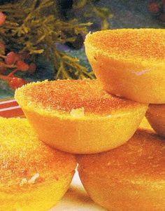Magic Cake Recipes, Sweet Recipes, Mini Cakes, Cupcake Cakes, Cupcakes, Cheesecakes, Chocolate Caramel Tart, Brazilian Dishes, Portuguese Recipes