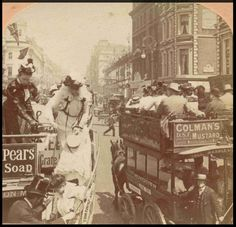 Ladies disembarking from a London Omnibus with some difficulty, Victorian Life, Victorian London, Vintage London, Old London, London Pictures, London Photos, Photos Du, Old Photos, Antique Photos