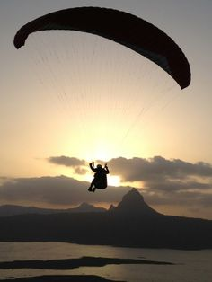 Paragliding in #Kamshet -  The #Sunday before last, we went #paragliding in a beautiful place called Pawananagar Dam, near Kamshet in #Maharashtra #travel #tourism