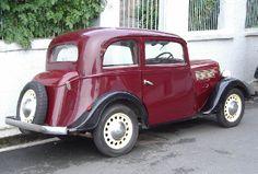 A partir du modèle de base, Rosengart produit de nombreux dérivés version allongée LR 44, roues avant indépendantes LR 4 RI. Ce a châssis reçu également ( 1097cm3) un des plus petit 6 cylindres de série, ce sera le type LR 62 produit à partir de 1932.