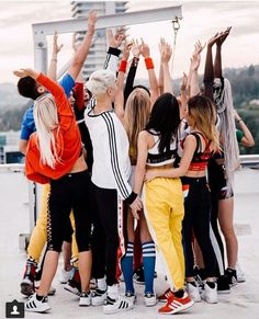 Now United ♥ Love Now, My Love, Cute Disney Pictures, Bailey May, Princesas Disney, Pop Group, Love Of My Life, Savannah, Ulzzang