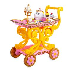 Disney Store Beauty and the Beast ''Be Our Guest'' Singing Tea Cart Play Set New Disney Princess Toys, Disney Toys, Little Princess, Princess Costumes, Princess Style, Little Girl Toys, Makeup For Little Girls, Cool Toys For Girls, Tea Cart