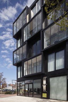 Malmö, Tilburg - Metaglas Building Facade, Building A House, Multi Story Building, Residential Building Design, Oak Park, Balcony Design, Good House, Facade Design, Facade Architecture