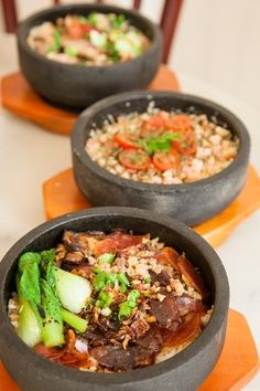 Singapore Stone Restaurant (Chinese): 729 Havelock Road Singapore 169649 Tel: (+65) 6271 9918