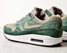 "Nike Air Max 1 ""Green Suede""."