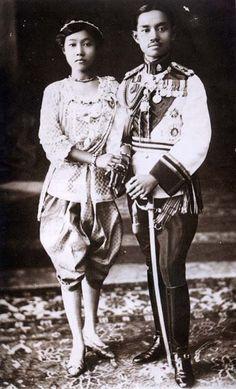 King Prajadhipok (King Rama VII) and Queen Rambhai Barni