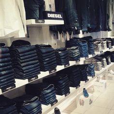 #diesel #dieseljeans #dieselss15 #addamstore #footwear #shoe #irishblogger #ireland #streetwear #trend #addamstore #converseshoes #buyonline #tshirt #ss15 #blogger #mensfashion #menswearblog #styled #selectedhomme #selected #converse #onlyandsons #denim #jeans #beautiful #dieselthavar #dieselsleenker #dieselkrayver